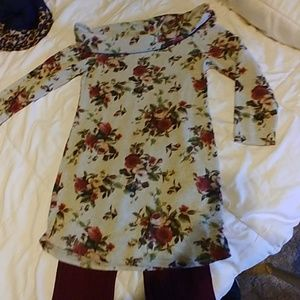 Floral sweater dress with legging tights